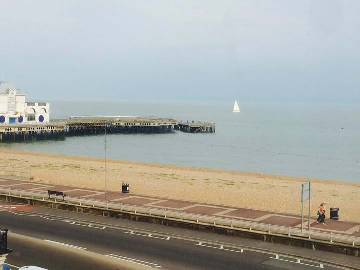See the sea, 2 bed apartment