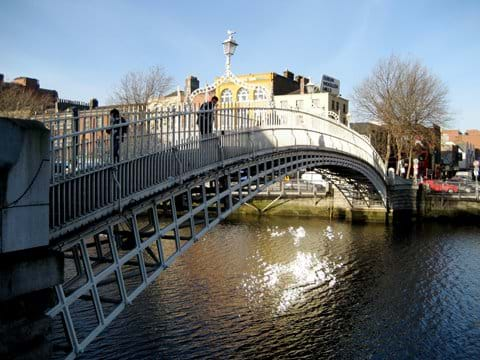 and over the Halfpenny bridge to Temple Bar