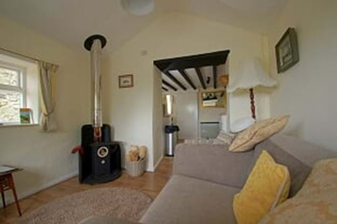photo showing lounge area of self catering cottage for two near Criccieth