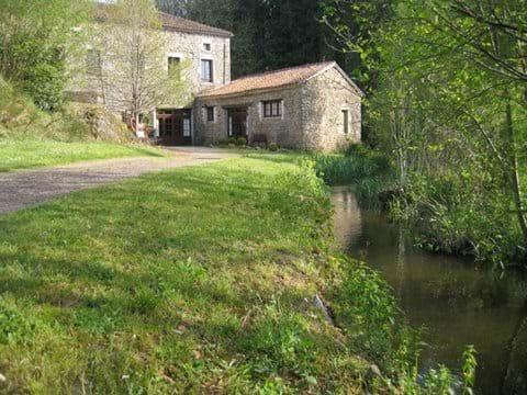 Cottage Dordogne Pool Dog Friendly Gite