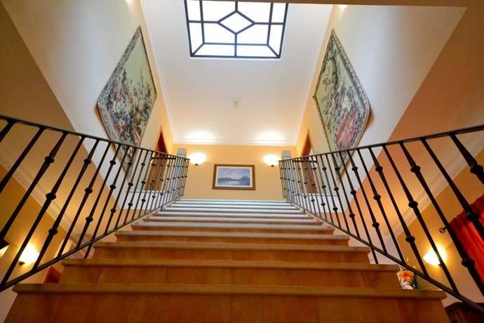 Exclusive villa rental in Algarve, villas with pool for rent in Portugal