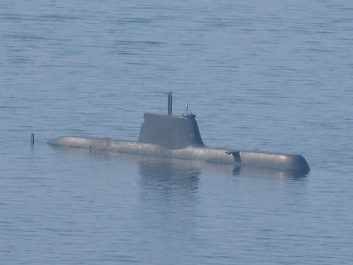 Sept 2016 - This submarine is an annual visitor when the Greek Navy comes to commemorate a Greek submarine sunk during WWII between Skiathos and Glossa and also to place wreaths on the statue of Glossan local hero Nicholas Kapadouka.