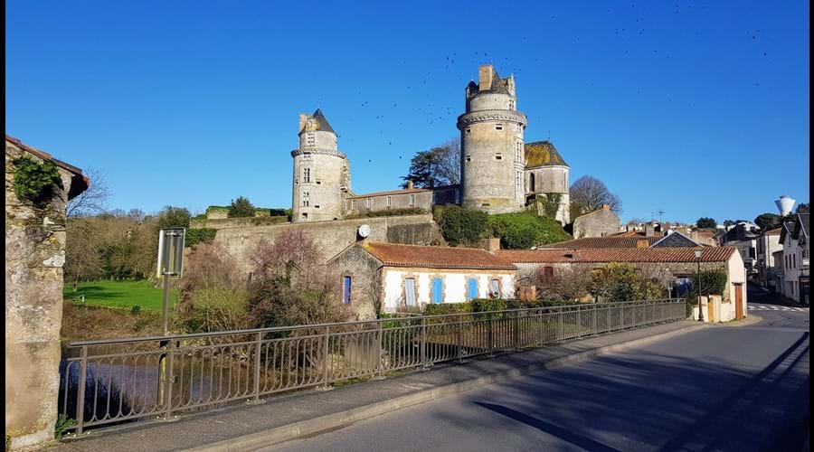Château d Apremont