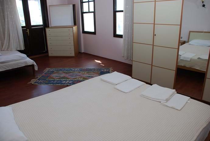 Villa Falcon main bedroom