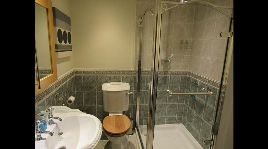 Power Shower and w.c with soft close seat!