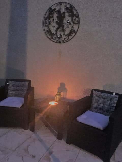 Enjoy warm evenings on the terrasse