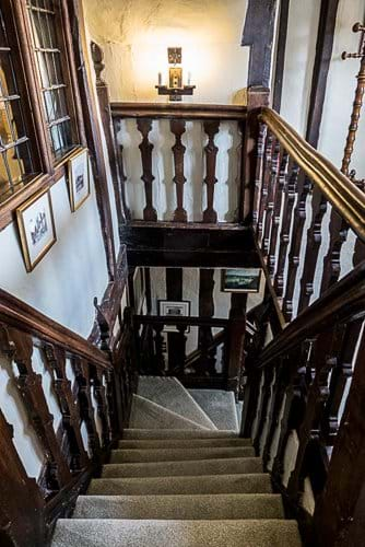 Jacobian staircase