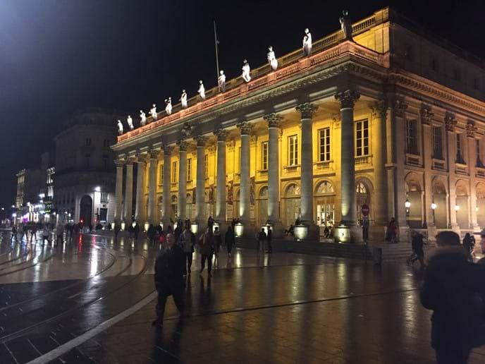 L'Opera Bordeaux at night