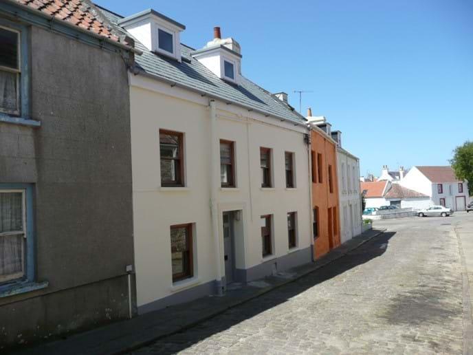 5 little street