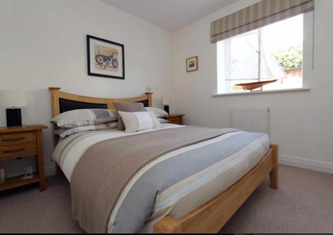 Double Bedroom - Ground Floor