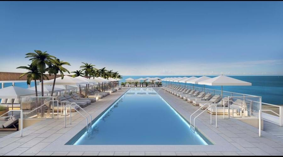 """""""Amazing rooftop pool views of the ocean and city great bar food full service"""