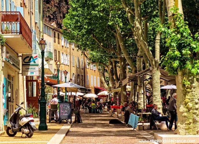 Cotignac - Cours Gambetta