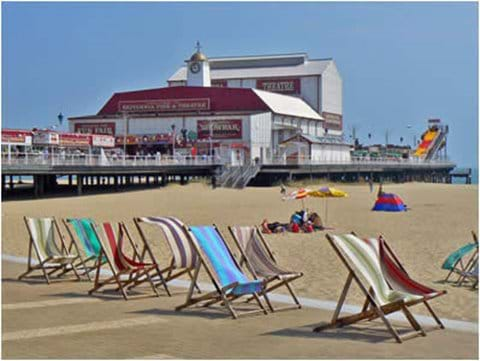 Great Yamouth Beach and Britannia Pier