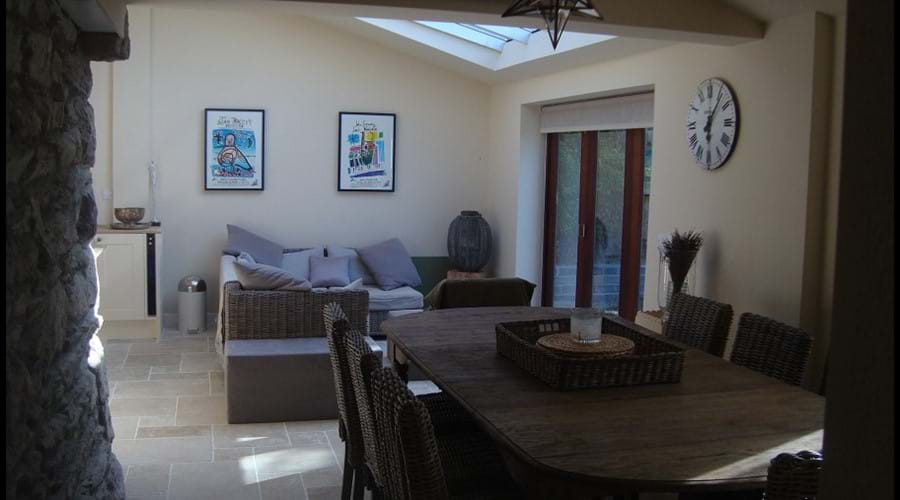 View of dinning area towards the sofas