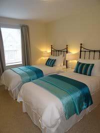 No 8 - Twin Bedroom