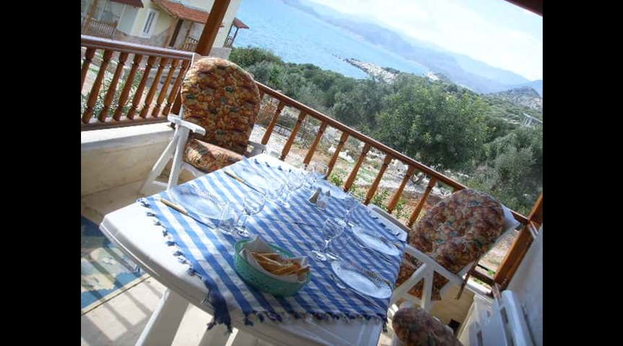 Ground floor terrace for breakfasts and dinners with a sea view!  It also has a built-in barbecue