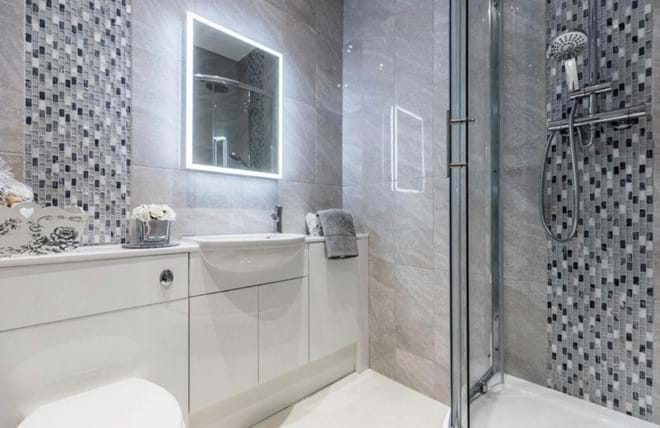 Home from Home Portsmouth - Ensuite shower room