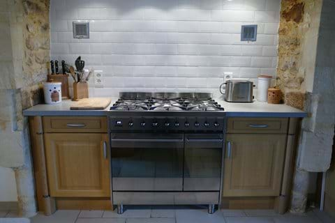 Large cooking range with gas hob and fan assisted oven