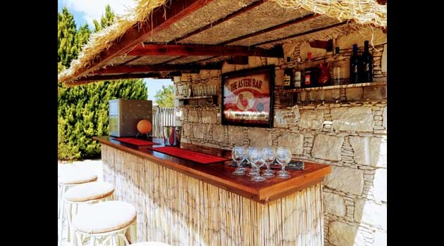The Asteri bar has wonderful sea views