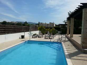 8 x 4 metre pool with electric pool hoist