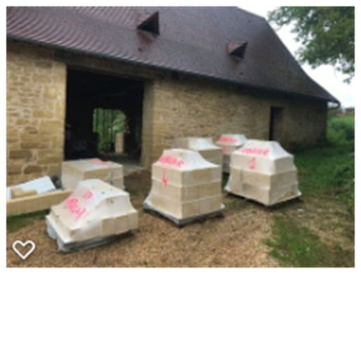 Delivery of stone sets for doors and windows