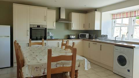 We provide a well equipped kitchen