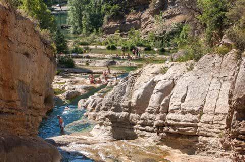 The rock pools at Duilhac