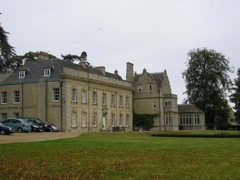 STOCKEN HALL (Grade 2 listed Manor House) - Moo Cow Cottage