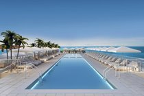 """Amazing rooftop pool views of the ocean and city great bar food full service"