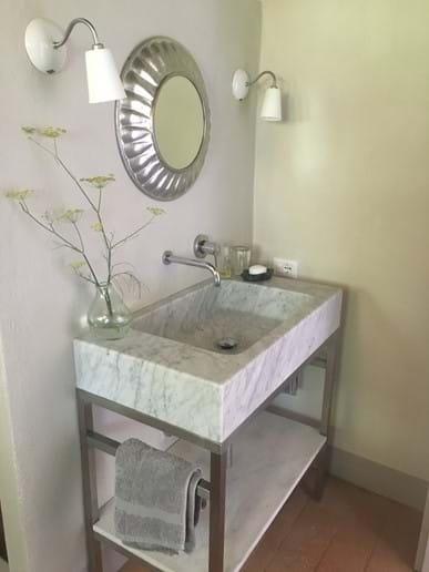 Master bedroom basin