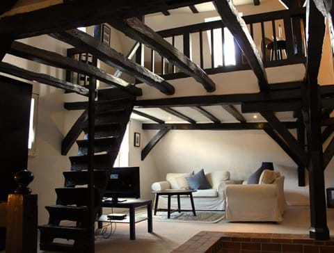 Apartment Riesling- Living amongst the Historic Beam Structure