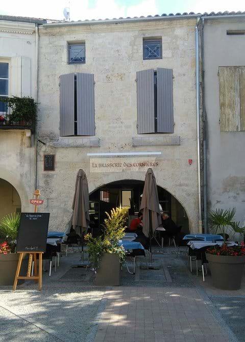 Bar/restaurant in the village