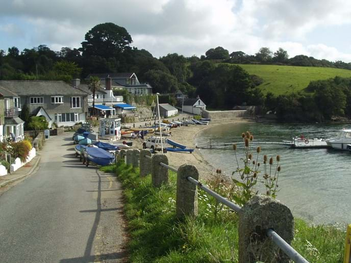 Helford Passage and the Ferryboat Inn