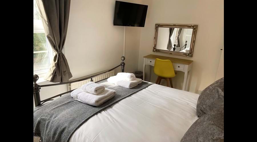 Bedroom 1 with Smart TV
