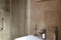 Zingaro shower just 10m away