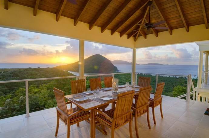 Outdoor Dining, fabulous Sunset Views!