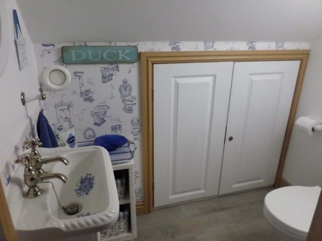 Separate First Floor WC