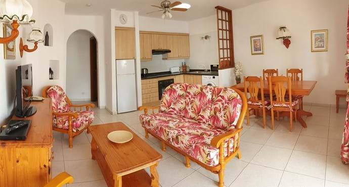 Open Plan Living Area - Villa 71