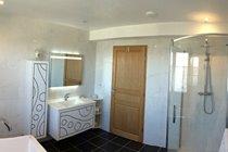 Luxury bath room