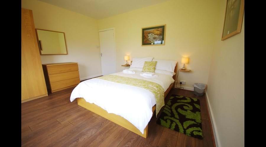 Image of Murmur Aeron double bedroom