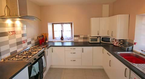 Loire Valley self catering gite kitchen.