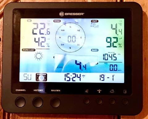 You will be able to link to other weather stations in the local and wider area