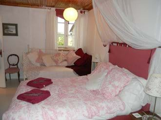 Rose Room with en-suite Shower Room and Day Bed