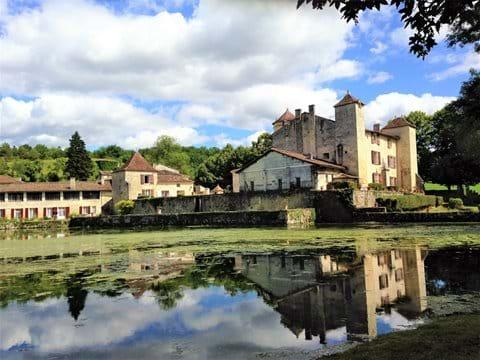 Jardins du logis de Forge, Moutiers-sur-Boeme (35 mins)