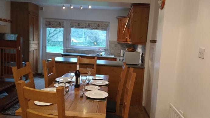 Dining in for up to six people