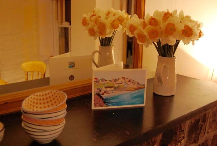 Dining room daffodils