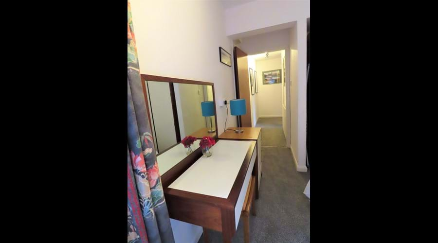 Double bedroom dressing table