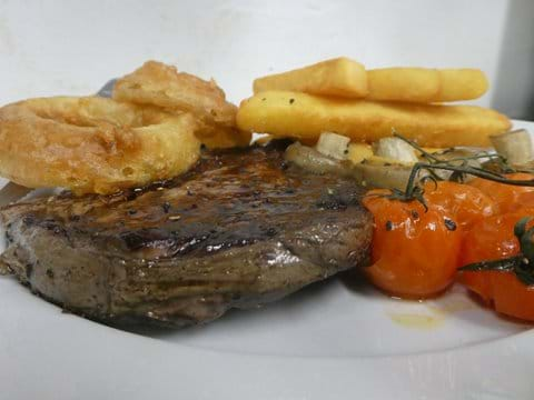 steak-and-chips-at-the-george-inn-hubberholme