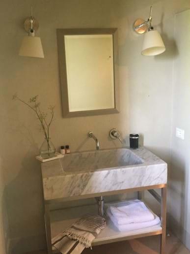 Shower room basin