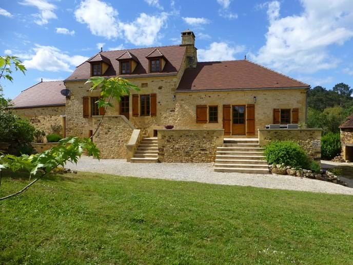 Le Chataignier - beautifull renovated farmhouse- part of which dates from 16th c
